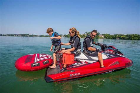 ski boat vs cruiser 2016 yamaha vx limited review personal watercraft