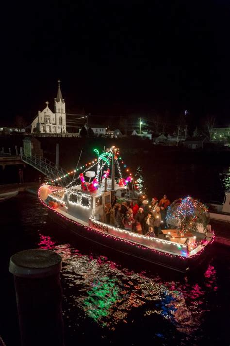 lighted boat parade got preview tickets boothbay