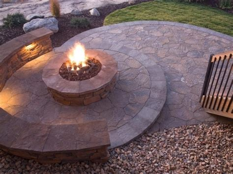 How To Start A Fire In A Fire Pit Fire Pit Ideas How To Start A In A Firepit