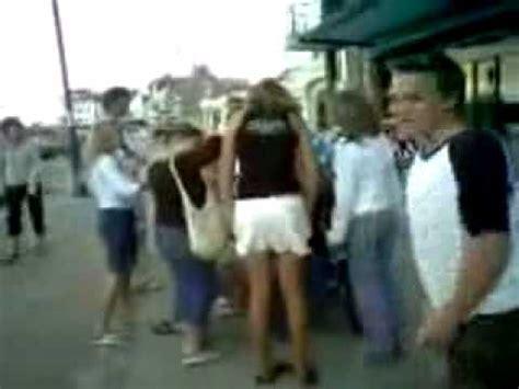 skirt pull videolike