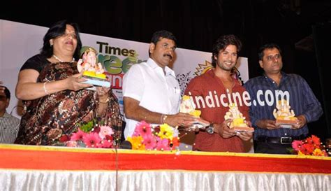 Times Promotes Green Holidays by Shahid Kapoor At Times Green Ganesha Launch Pics