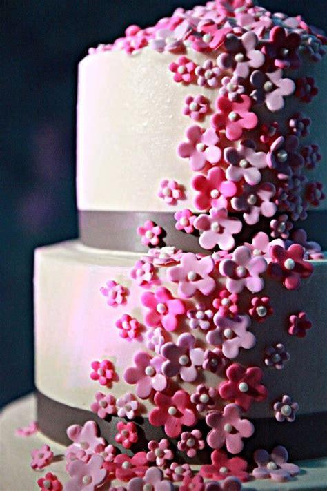 Cake Decorating Fondant Flowers by Pink Flower Fondant Wedding Cake With Grey Ribbon Pink