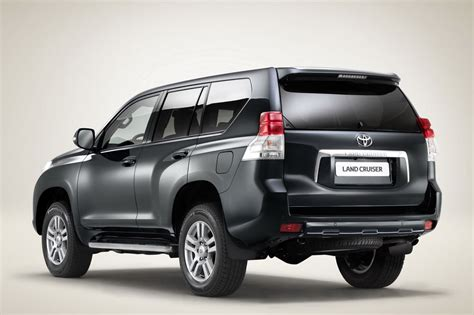 toyota land cruiser prado   photo  specifications