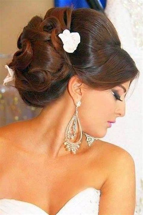 Hairstyles Accessories Bun Recipe by 1378 Best Images About Western Low Bun Hairstyles On