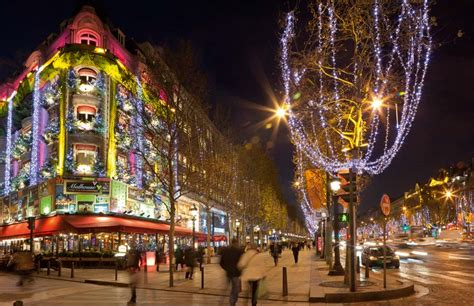 wallpaper christmas in paris paris at christmas free download wallpaper