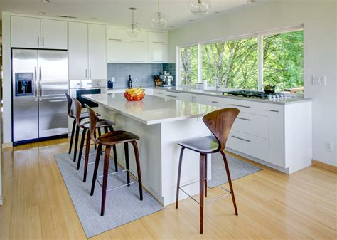 7 Kitchen Flooring Options to Consider When Remodeling