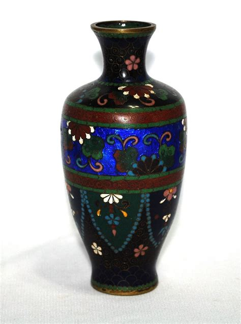 Cloissone Vase by Japanese Cloisonne Cloisonn 233 Vase With Ginbari Elements From Artfultoysandantiques On Ruby