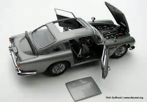 Diecast Aston Martin Db5 Danbury Mint 1 24 1964 Aston Martin Db5 Saloon