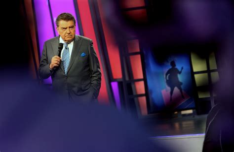 don francisco sabado gigante show don francisco says goodbye to sabado gigante sun sentinel