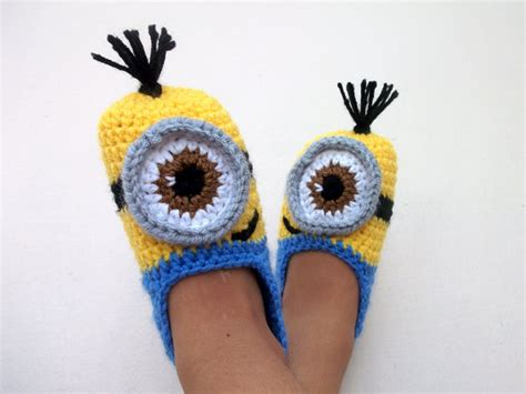 minion crochet slippers crochet minion despicable me baby bootiesminion slippers