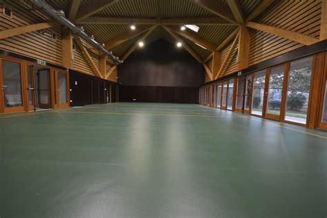 pavimenti sportivi pavimenti sportivi in linoleum leef