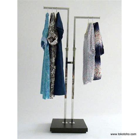 Rak Baju Laundry jual rak baju 2 arah kayu harga murah jakarta oleh toko
