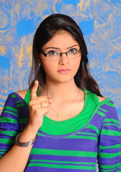 heroine photos telugu hd my country actress telugu heroine aishwarya hd photos