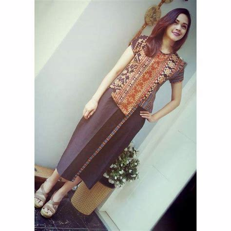 Kebaya Fatima Kotak Black 557 best images about batik ideas on fashion weeks batik blazer and tribal