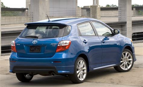 images of toyota matrix 2015 toyota matrix ii pictures information and specs