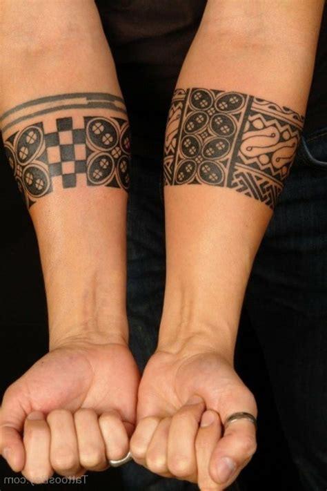 Armband Unterarm by Armband Symbole Und Bedeutungen Tattoos Zenideen