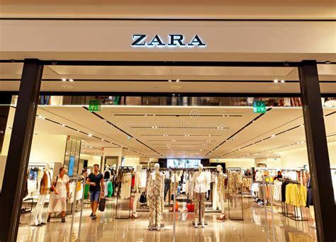 zara si鑒e social recrutement zara store in rome itali 235 met mensen het winkelen redactionele stock afbeelding afbeelding