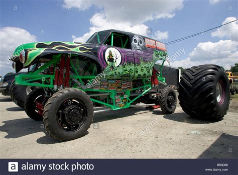 Truck Grave Digger Prior To The Truck