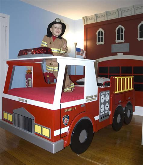 firetruck bedroom fire truck twin size bed woodworking plan