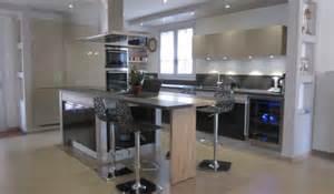 Délicieux Cuisine Moderne Avec Ilot Central #1: cuisine-avec-ilot-central-paris-7-495x290.jpg