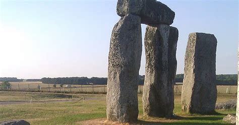 Stones Theory Stones 4 www sarsen org non completion theory of stonehenge and