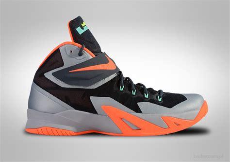 Sepatu Basket Nike Lebron Soldier 11 Yellow Blue nike zoom soldier viii lebron magnet grey for 89 00