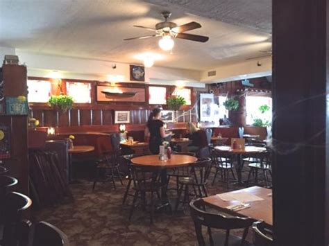 cape cod restaurant reviews dining room picture of chatham squire restaurant
