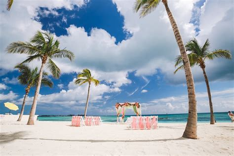 Plan Your Indian Bahamas Beach Wedding in Nassau!