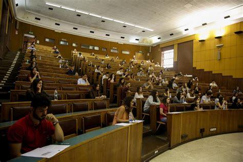 test cattolica economia universit 224 test di medicina alla cattolica quasi in 9