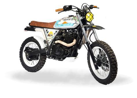 Build A Suzuki Motorcycle Suzuki Dr650 Scrambler By 85 Motorcycle Bikebound