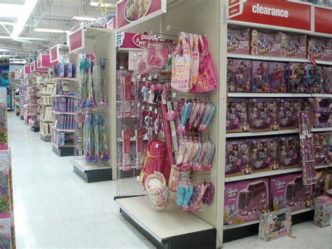 toys r us toys toys more gendered than ms magazine
