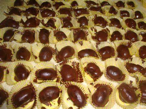 Kue Kering Almond Cheese Coklat Aneka Kue Lebaran Ina Cookies Snack resep cara membuat kue kering almond gurih resep masakan baru