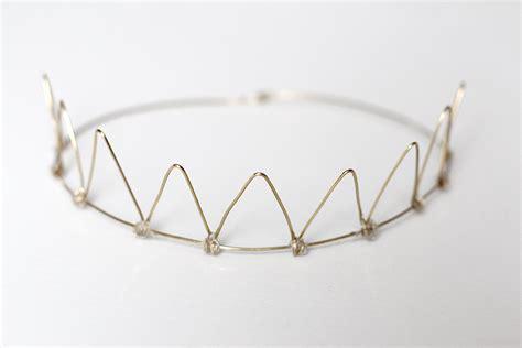 diy wire birthday crown xfallenmoon