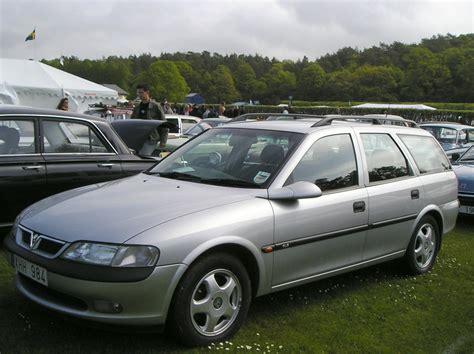 gls wagen vauxhall vectra gls wagon photos reviews news specs