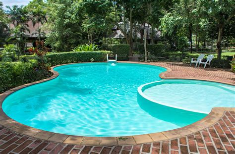 kidney shaped pools 27 best kidney shaped pool designs designing idea