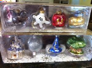 Decorating To Sell Your Home disney s days of christmas archives living a disney