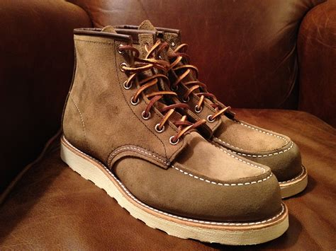 Sepatu Original Icon Boots Wings Suede 301 moved permanently