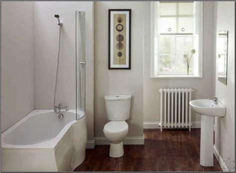 desain kamar mandi warna putih model keramik lantai terbaru dan terbaik jasa desain