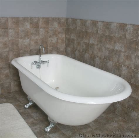 refurbished bathtubs 61 quot rolled rim cast iron clawfoot tub classic clawfoot tub