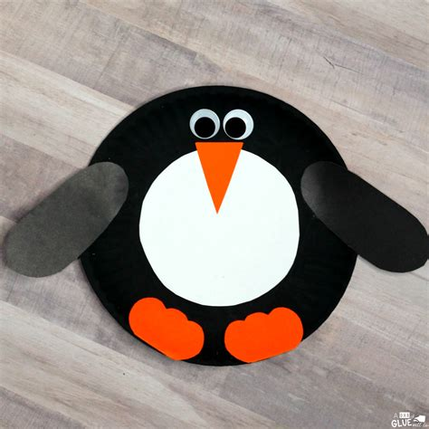 Penguin Paper Craft - how to make a paper plate penguin craft for your unit study