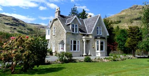 self catering trossachs vernon s 100 best guide to