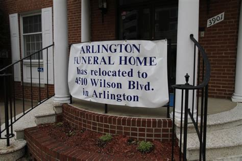 now closed arlington funeral home in virginia square