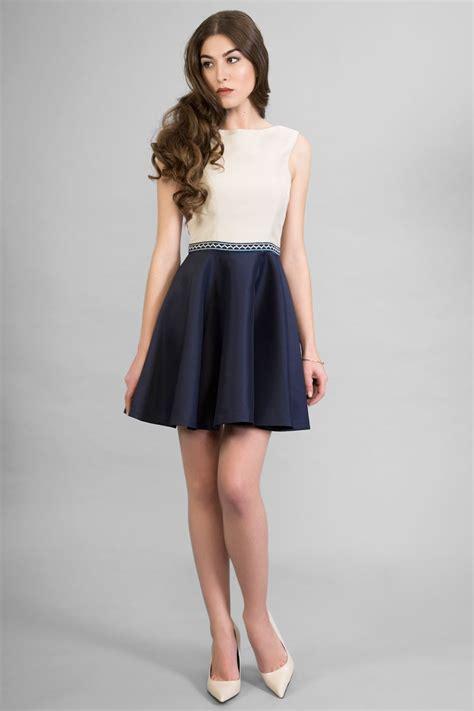 comprar vestidos de fiesta cortos vestido corto beige azul escote espalda