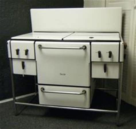 craigslist kitchen appliances 1000 images about vintage kitchen appliances on pinterest