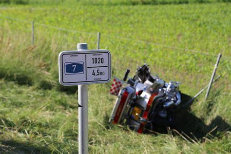 A7 Motorradunfall by A7 Woringen Zwei Schwerverletzte Nach Motorradunfall Auf