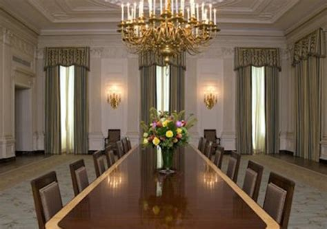 White House State Dining Room Obama Unveils 600k Updates To White House State Dining Room Washington Free Beacon