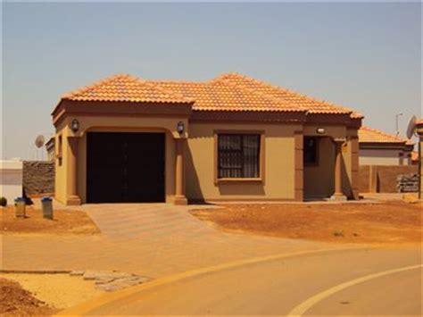 Home Design Expo Pretoria House For Sale In Pretoria 2 Bedroom 13413211 9 17