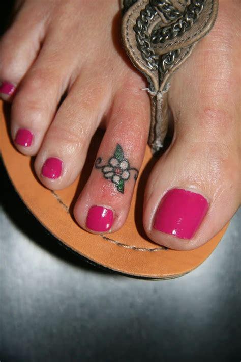 toe tattoos designs ideas  meaning tattoos