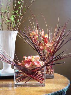 Bandana Karangan Bunga flower arrangement c shape crescent crescents