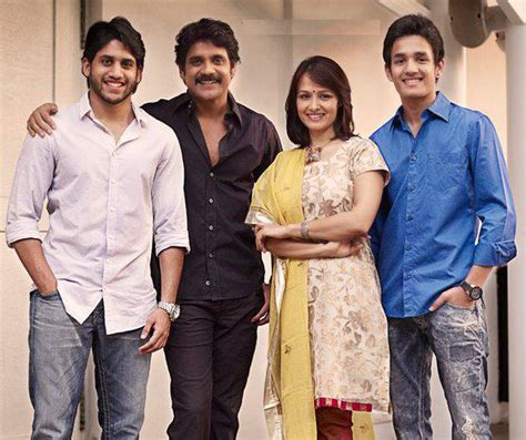 actress amala and nagarjuna wedding photos 25 years of togetherness 10 amazing pictures of nagarjuna
